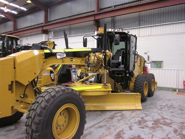 Cat Grader 140M